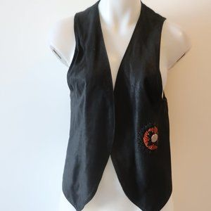WOMENS ZOOMP BLACK RED BEADED INDIAN BRAIDED DETAIL OPEN SUEDE VEST M *